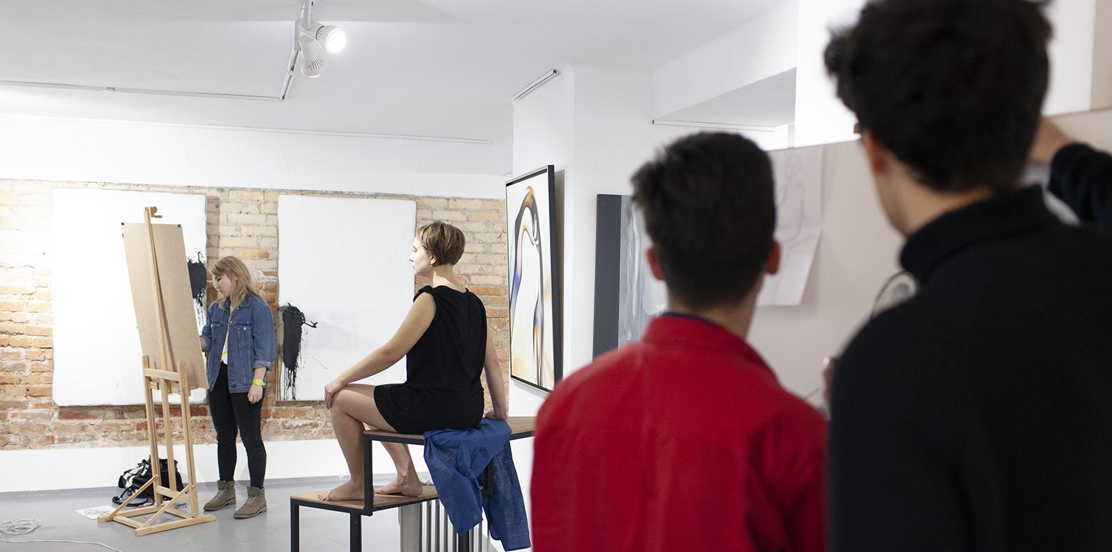 Zdjęcie nastronę główną, kurs rysunku, kurs malarswa, firma art form studio, zajęcia zrysunku, zajęcia zmalarstwa, warszawa, hoża 51, art form studio